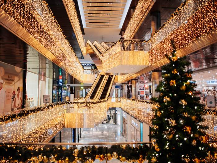 Decoración del centro comercial The Shops en Navidad | ©Malvina Battiston