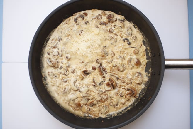 Make mushroom sauce