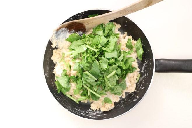 Add spinach and cream