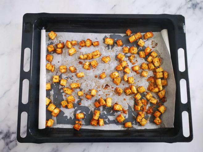 Make croutons