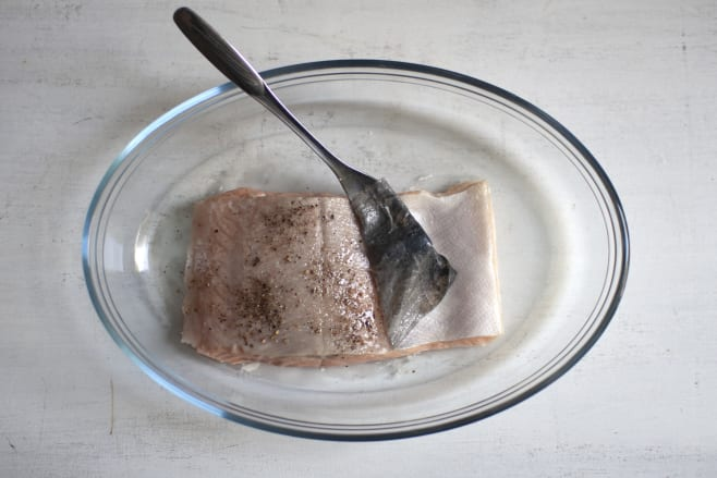 Bake salmon