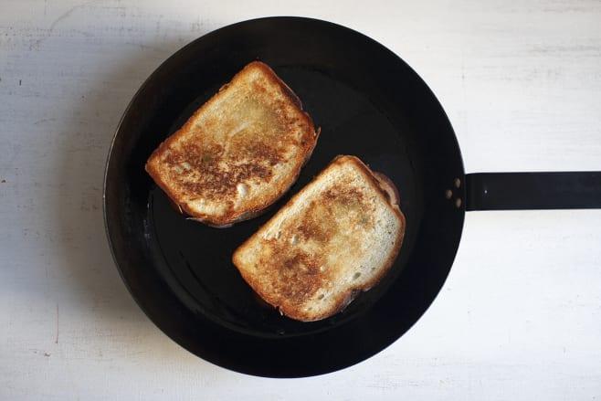 Fry toasts