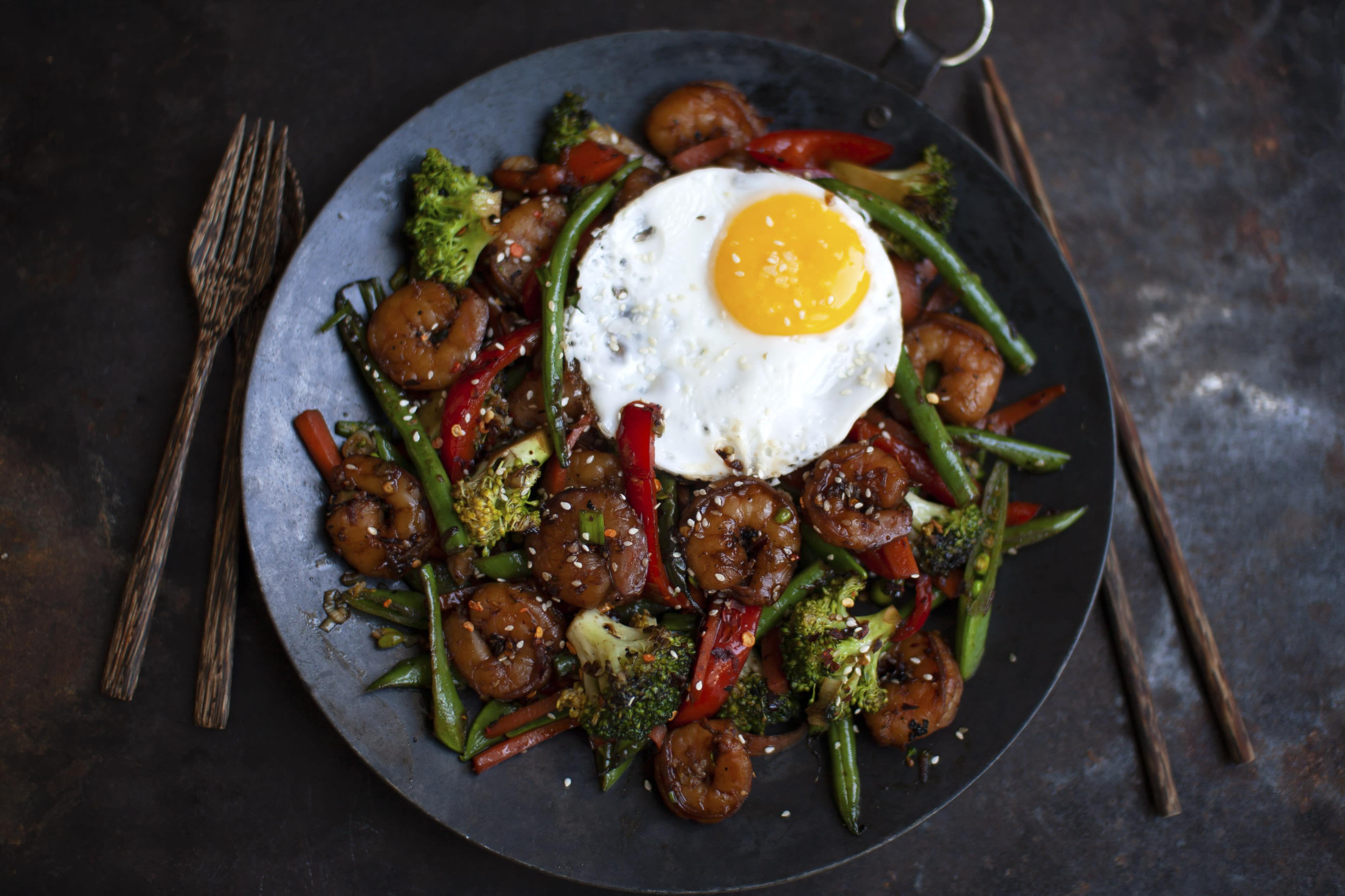 Korean Sesame Prawn Stir Fry with Eggs
