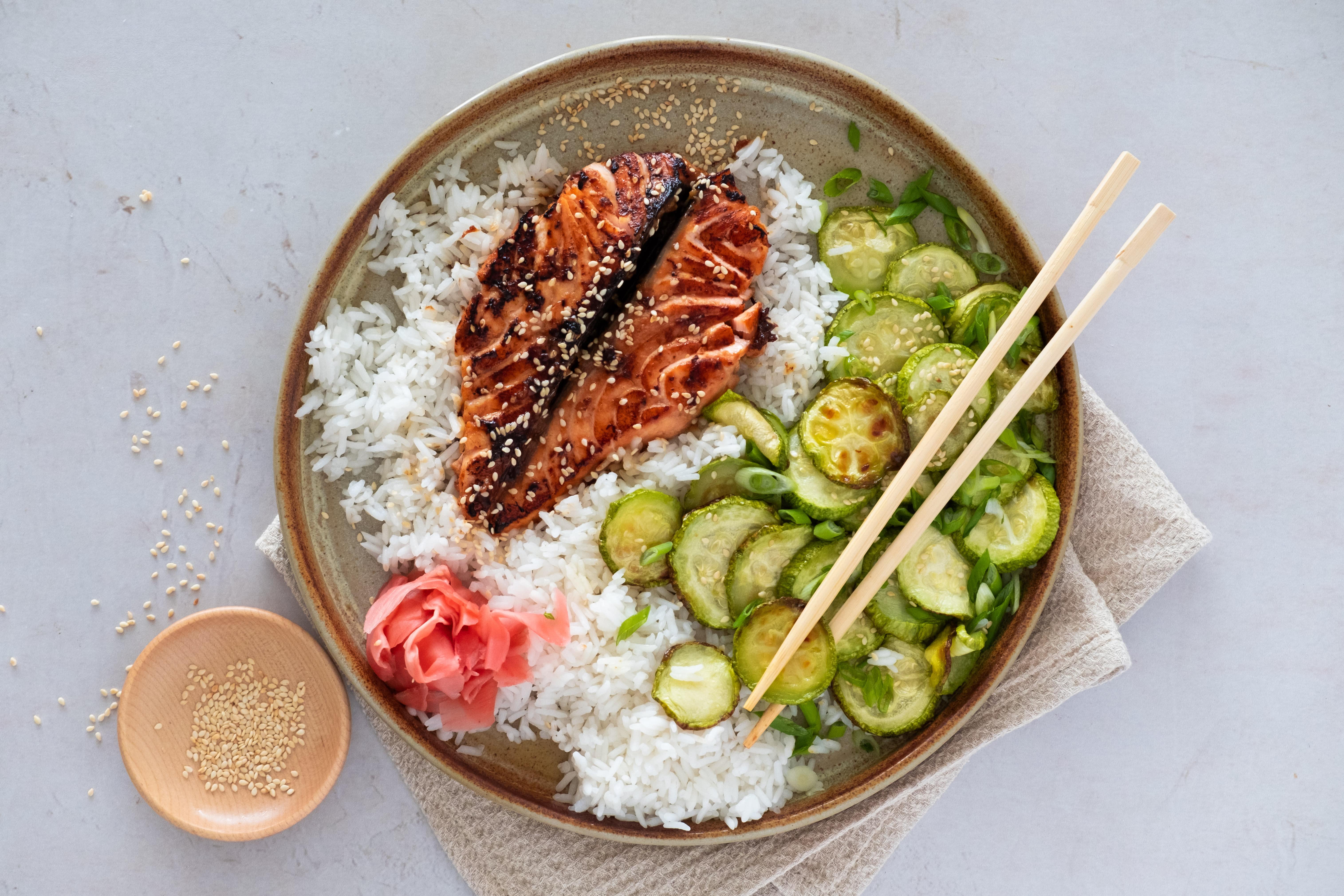 Teriyaki Salmon with Toasted Sesame Seeds and Rice