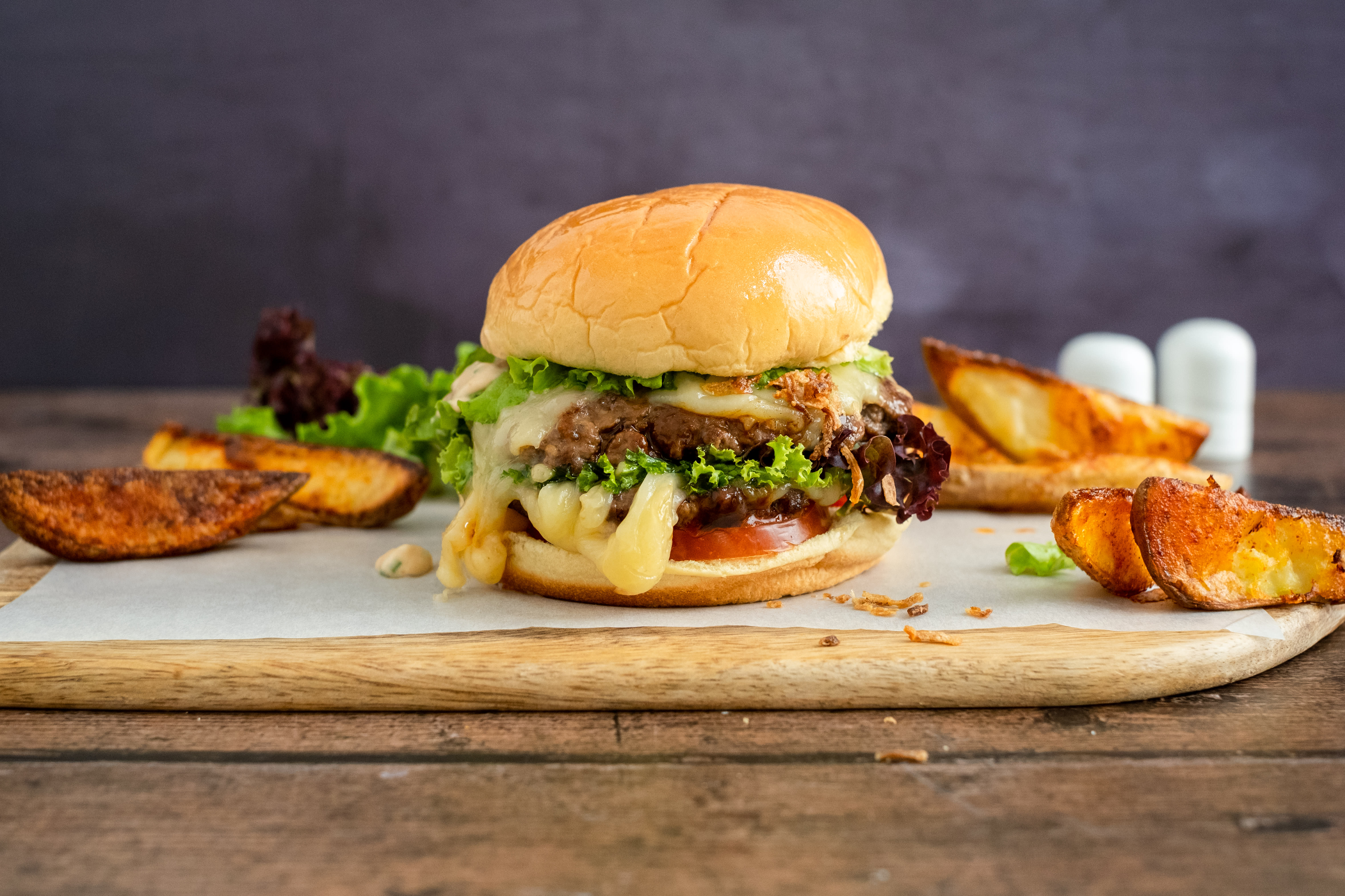 Classic Cheese Burger with Potato Wedges