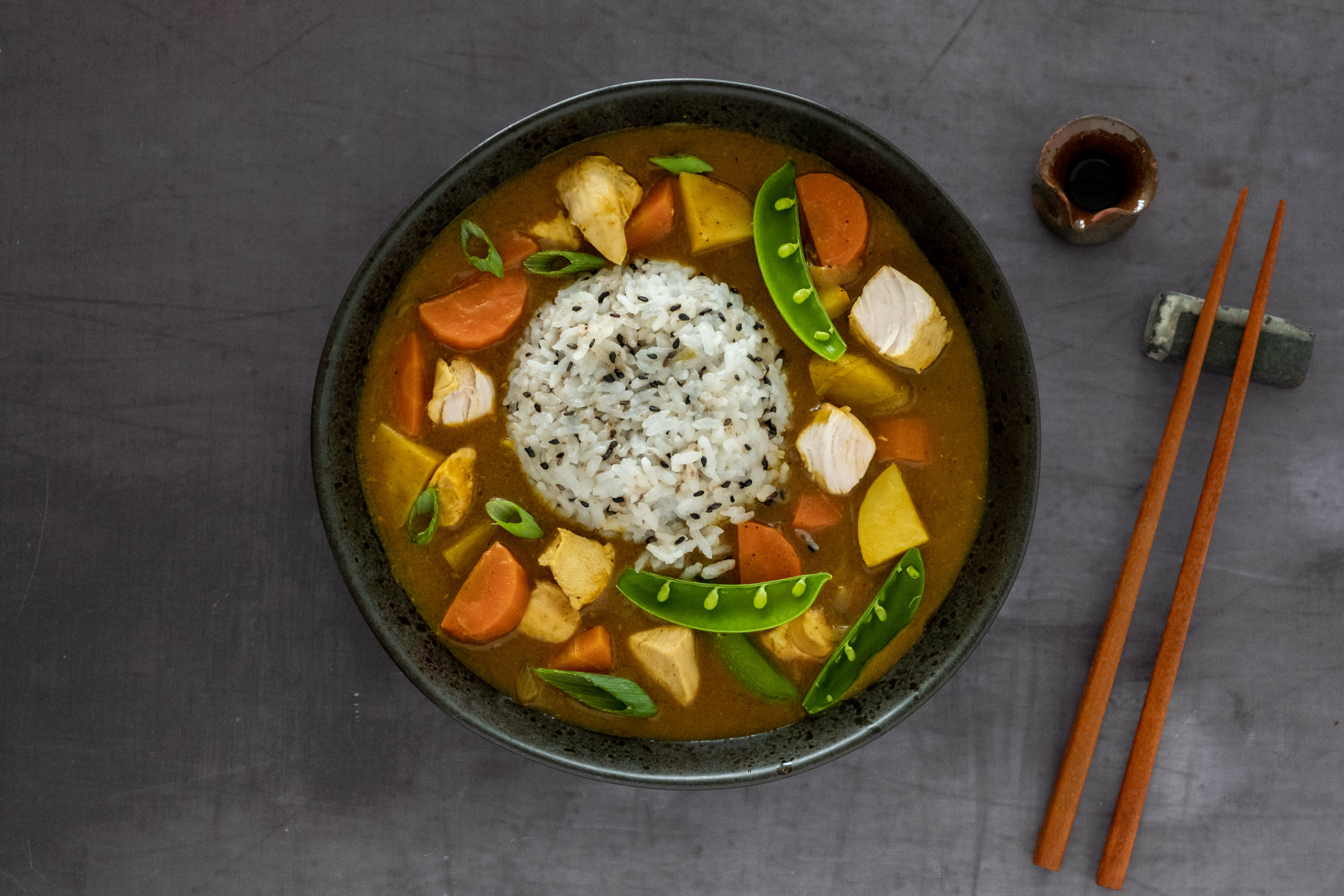 Chicken Kare Rice: Mild Japanese Curry with Sticky Rice