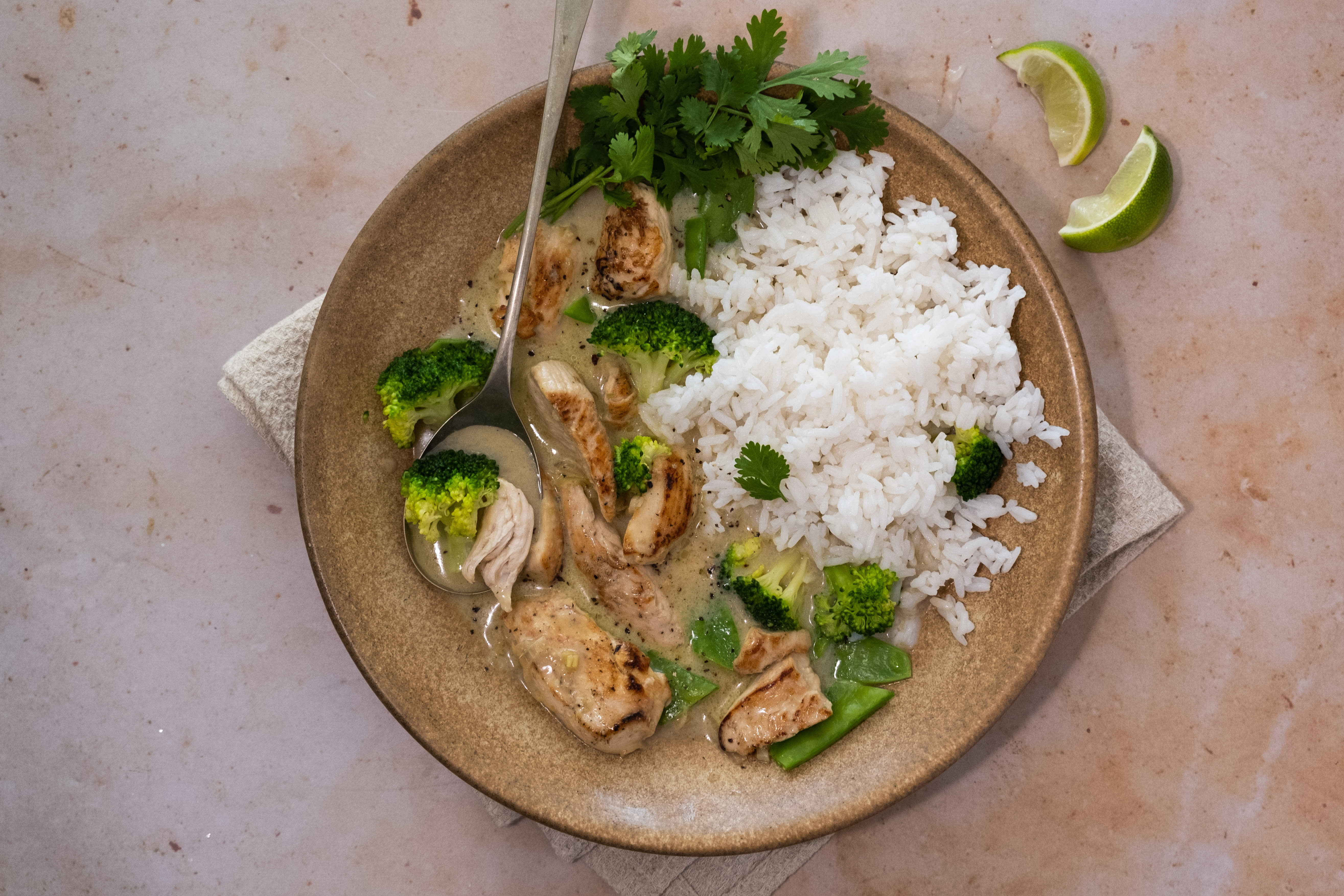 Aromatic Chicken and Lemongrass Stir-fry with Coconut Broth and Rice