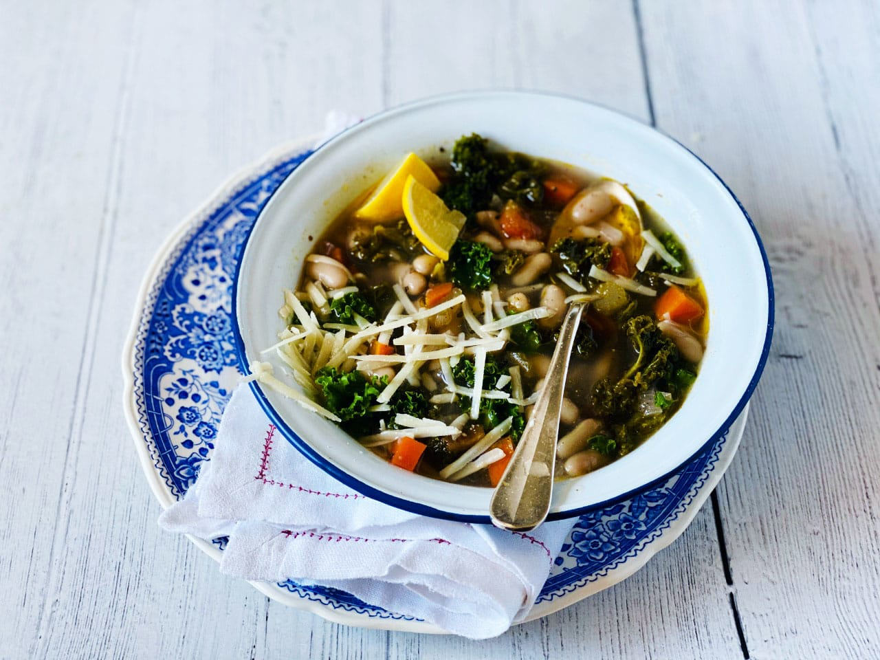 Quick Tuscan Bean Soup with Kale