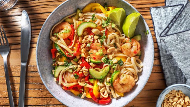 Salade de nouilles aux crevettes et à la mangue
