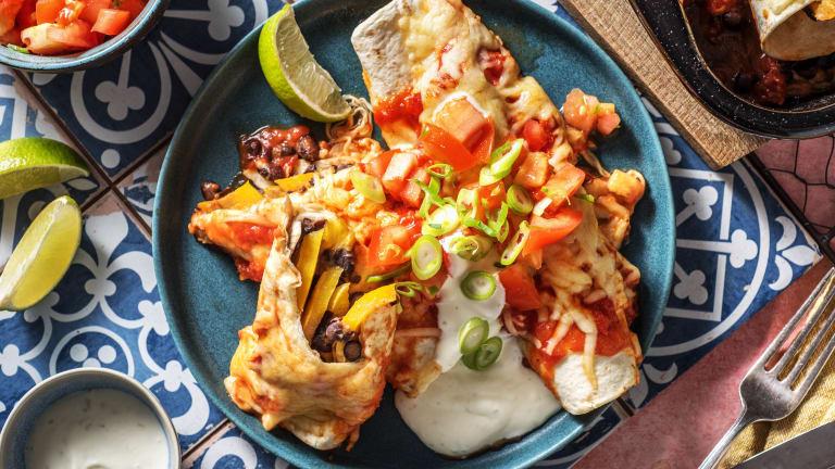 Enchiladas mit rauchiger Tomatensoße,