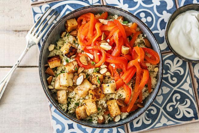 Vegetarische recepten - Couscous met halloumi en gebakken rode paprika