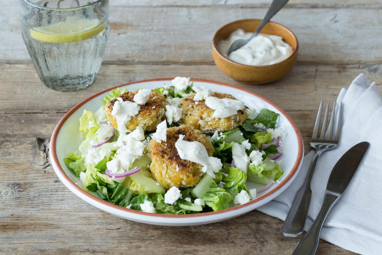Crispy Falafel Salad