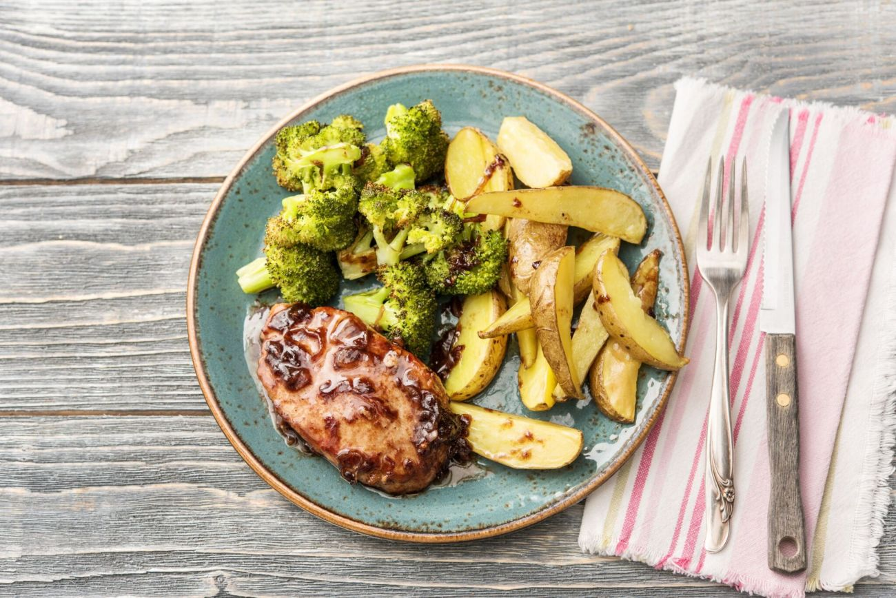 Cherry-and-Balsamic-Glazed Pork Chops