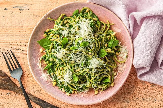 Vegetarische recepten - Spaghetti integrale met spinazie-pestosaus