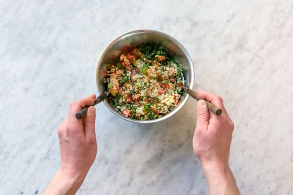 Mix the tabbouleh