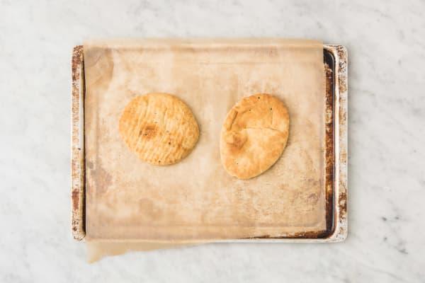 Naan-Brot erwärmen