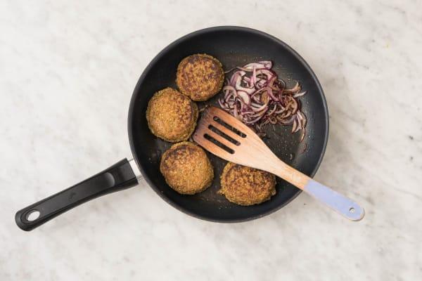 Falafelburgers maken