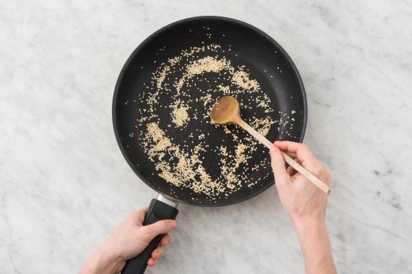 Griller les graines de sésame