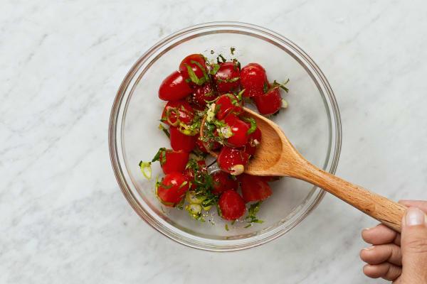 Make Salsa Fresca