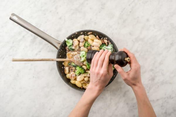 Cook gnocchi.