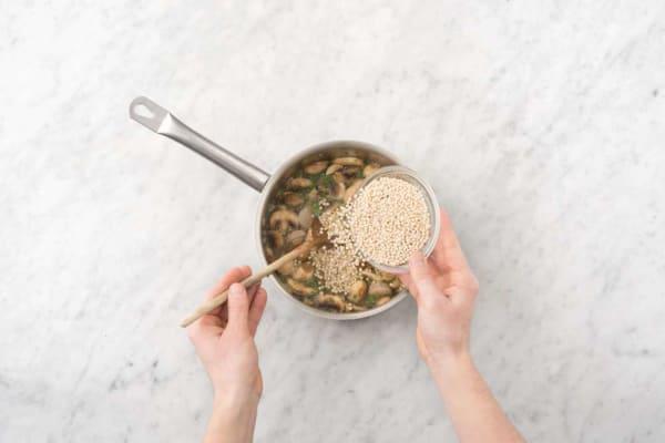 Simmer couscous