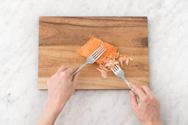 Remove salmon skin.