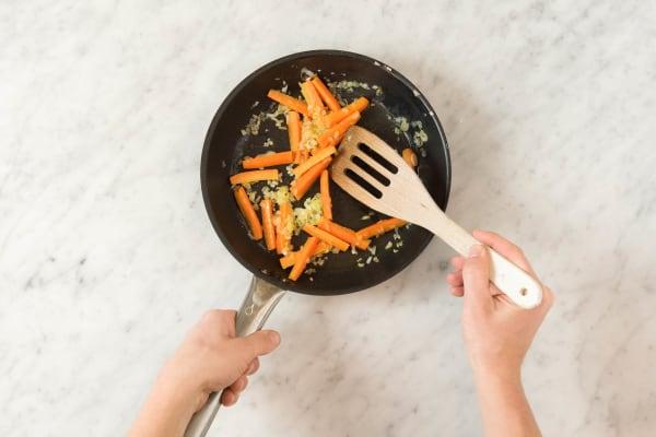 Karotten anbraten