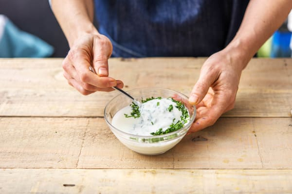 Mix the Yoghurt