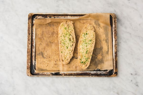 Toss Garlic Bread and Toss Salad