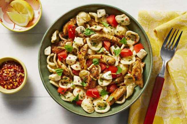 Quick meals - Chicken Caprese Pasta Salad