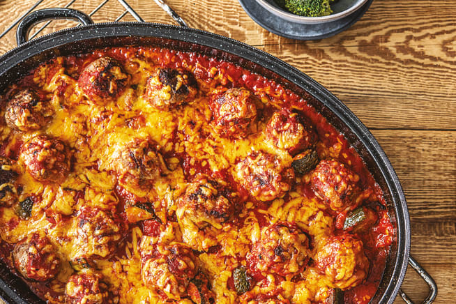 Oven-baked Lamb Meatballs in Cheesy Tomato Sauce