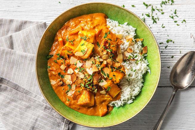 Mildes Curry mit indischem Paneer