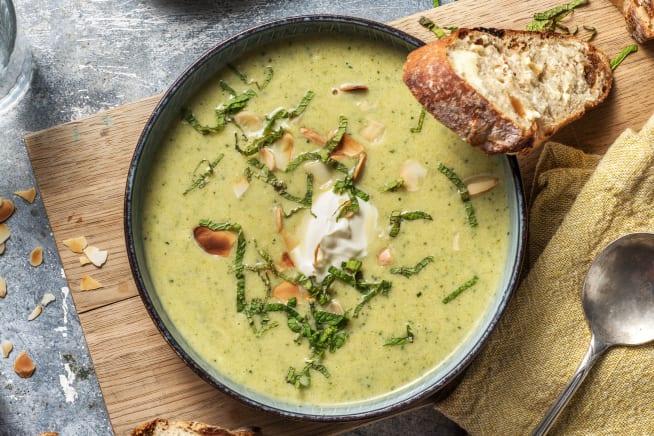 Caloriearme recepten - Broccolisoep met zure room