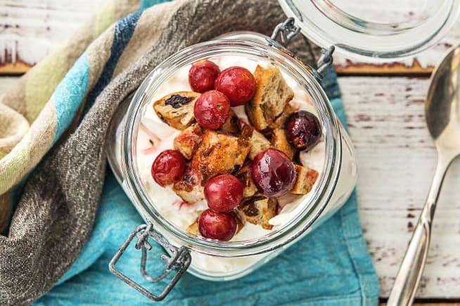 Geroosterde rode druiven met citroentijm