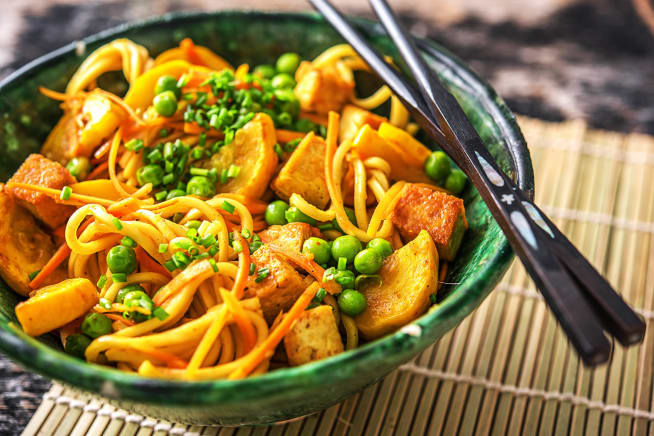 Vegetarian Recipes - Singapore-Style Hakka Noodles