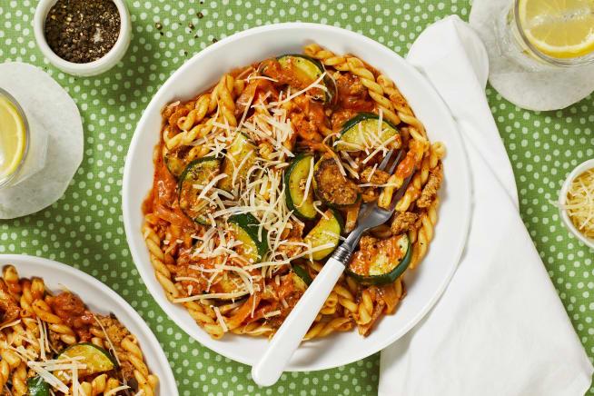 Quick meals - Sausage Gemelli Bolognese