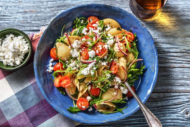 Snelle gerechten - Verse pastasalade met basilicumcrème en feta