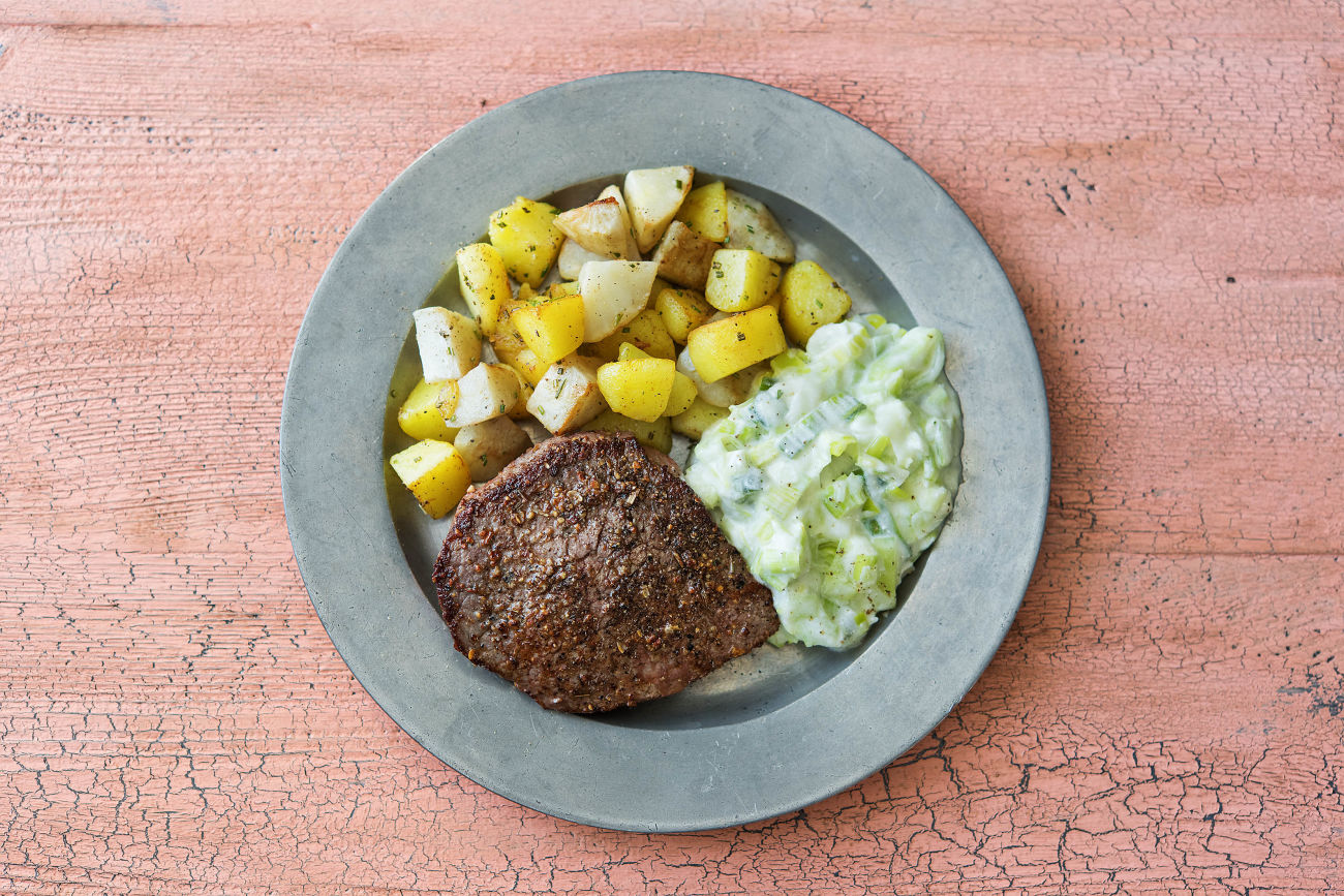 Pfeffersteak mit Topinambur-Kartoffel-Würfeln