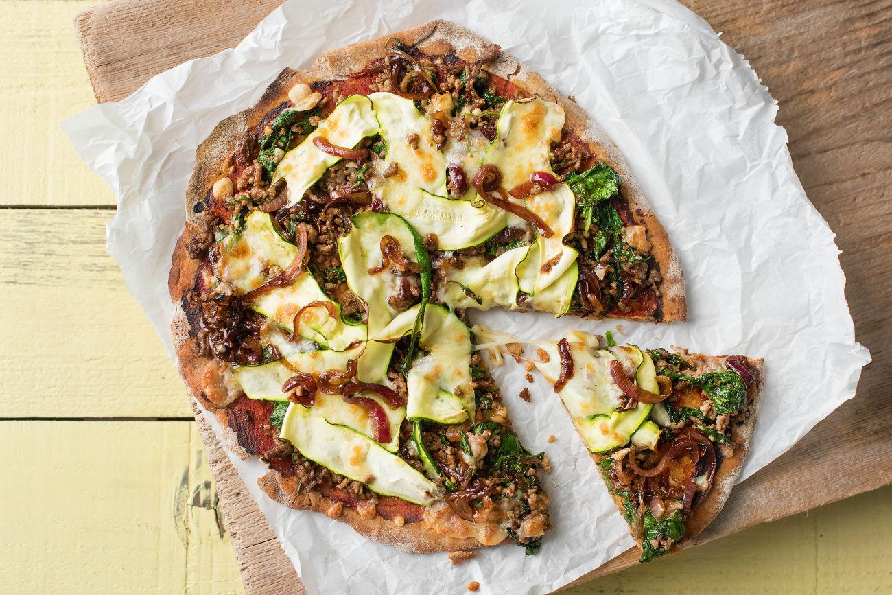 Beef & Caramelised Onion Pizza