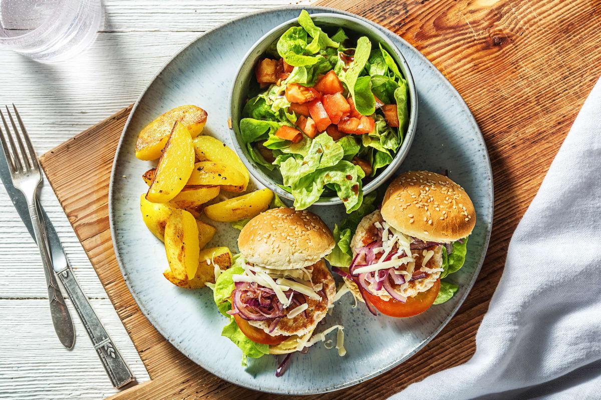 Cheeseburger au poulet et aux oignons rouges caramélisés