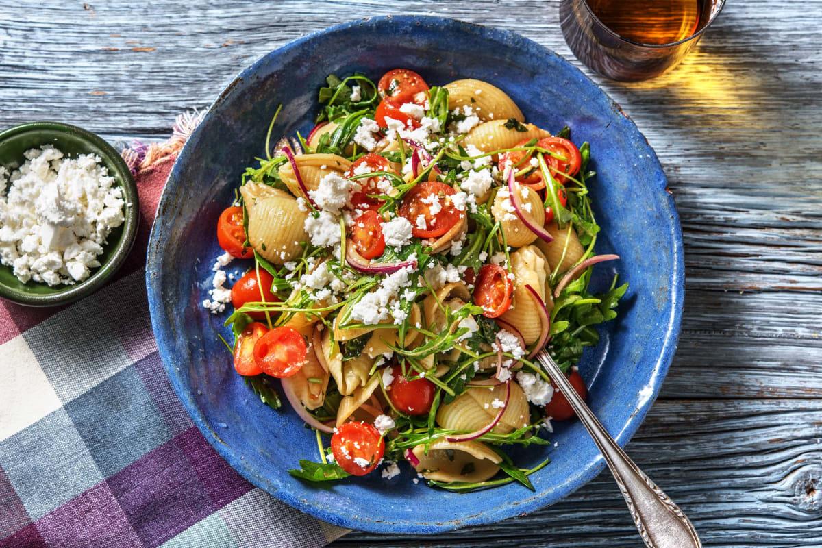 Verse pastasalade met basilicumcrème en feta