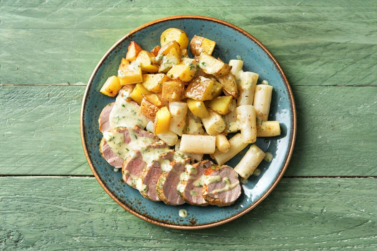 Schweinefilet mit Kräuterkruste und Schwarzwurzel-Gemüse