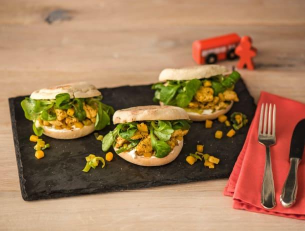 Gezonde shoarma met gele peen en Griekse salade