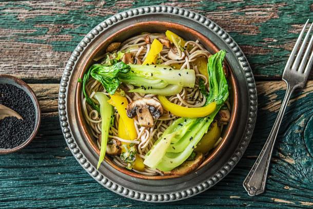 Sobanudel-Gemüse-Bratpfanne