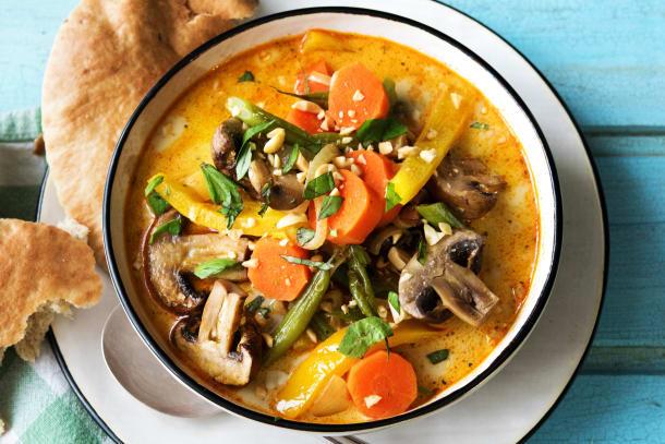 Gelbes Curry mit Ofengemüse,