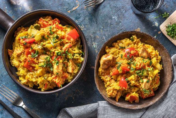 Snelle rijstschotel met kip en groenten