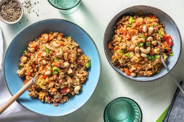 Riz au hachis de porc, légumes et lard croustillant