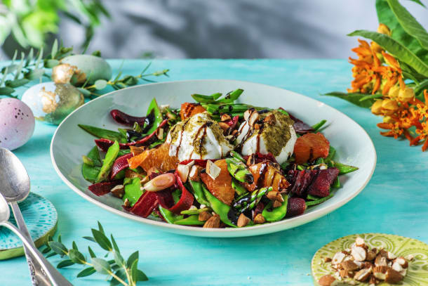 Für Ostern: Frühlingssalat mit Büffelmozzarella