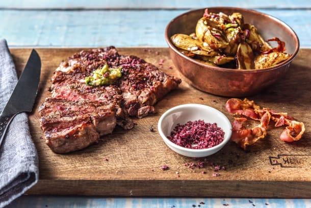 BBQ Rezepte - Saftiges Prime-Cut-Steak mit gegrilltem Kartoffelsalat und Pancetta