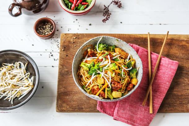 Cheeky Chicken Chow Mein